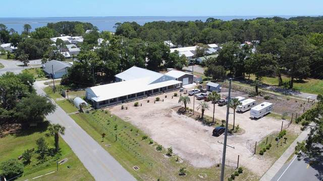 2390 Oak St, CARRABELLE, FL 32322 (MLS #309117) :: Anchor Realty Florida