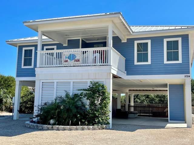 1024 W Gulf Beach Dr, ST. GEORGE ISLAND, FL 32328 (MLS #309268) :: Anchor Realty Florida