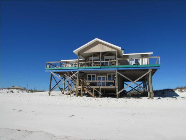 942 Gulf Shore Dr, CARRABELLE, FL 32322 (MLS #260832) :: Berkshire Hathaway HomeServices Beach Properties of Florida