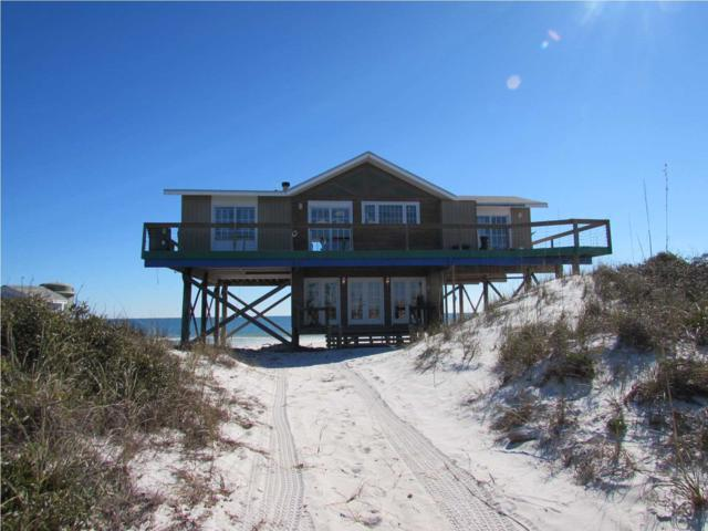 942 Gulf Shore Dr, CARRABELLE, FL 32322 (MLS #262347) :: Berkshire Hathaway HomeServices Beach Properties of Florida