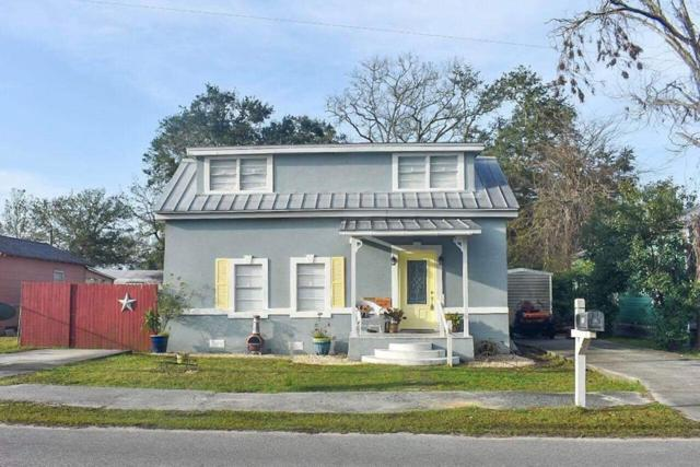 110 14TH ST, APALACHICOLA, FL 32320 (MLS #300808) :: Berkshire Hathaway HomeServices Beach Properties of Florida