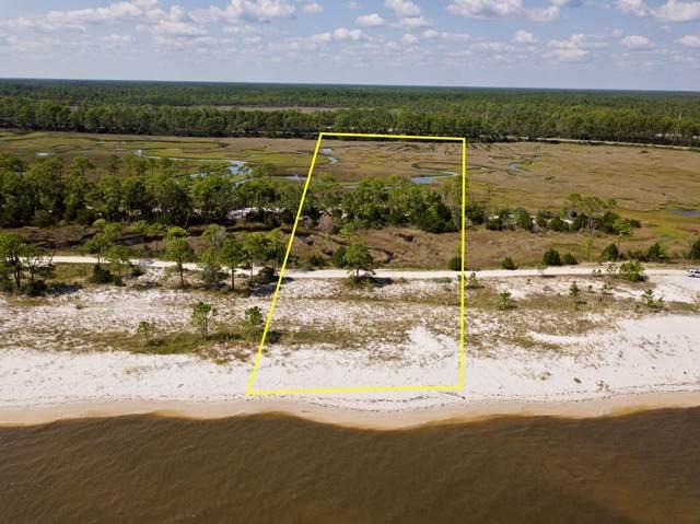 2864 Hidden Beaches Rd, CARRABELLE, FL 32322 (MLS #302724) :: Berkshire Hathaway HomeServices Beach Properties of Florida