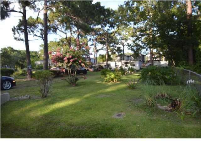 2208 Allison Ave, PANAMA CITY BEACH, FL 32408 (MLS #257726) :: Berkshire Hathaway HomeServices Beach Properties of Florida