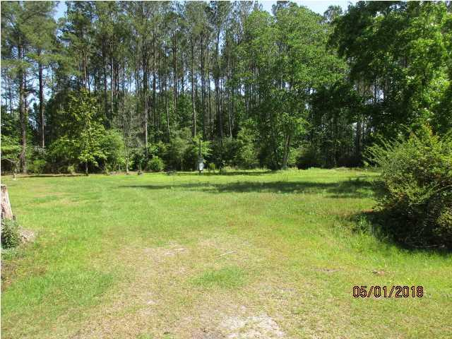139 Sycamore St, WEWAHITCHKA, FL 32465 (MLS #261935) :: Berkshire Hathaway HomeServices Beach Properties of Florida
