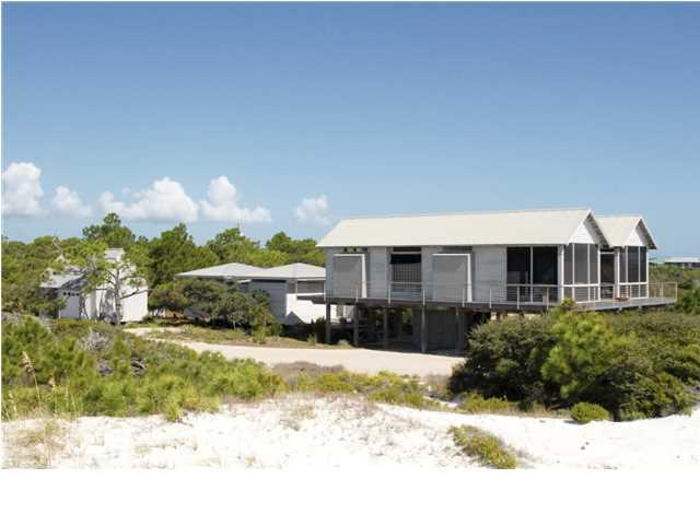 608 Gulf Shore Dr, CARRABELLE, FL 32322 (MLS #262007) :: Berkshire Hathaway HomeServices Beach Properties of Florida
