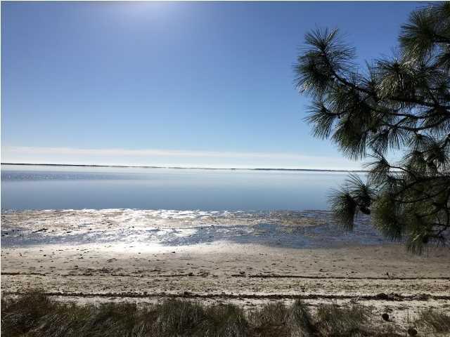 2278 Hwy 98, CARRABELLE, FL 32322 (MLS #262656) :: Berkshire Hathaway HomeServices Beach Properties of Florida