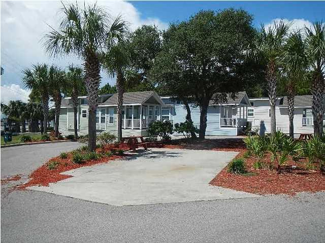 1843 Hwy 98 #20, Carabelle, FL 32322 (MLS #262975) :: Berkshire Hathaway HomeServices Beach Properties of Florida