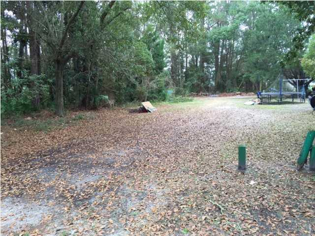 206 13TH ST, APALACHICOLA, FL 32320 (MLS #300196) :: Berkshire Hathaway HomeServices Beach Properties of Florida