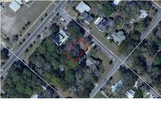 72 13TH ST, APALACHICOLA, FL 32320 (MLS #300519) :: Berkshire Hathaway HomeServices Beach Properties of Florida