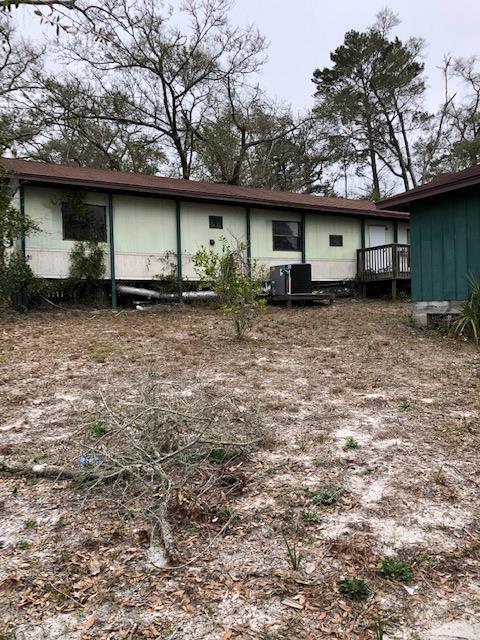 104 NE 1ST, CARRABELLE, FL 32323 (MLS #300624) :: Berkshire Hathaway HomeServices Beach Properties of Florida