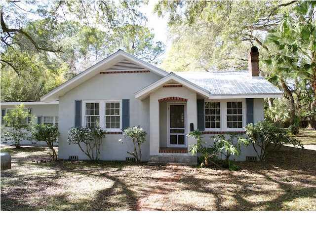 10 Shadow Ln, APALACHICOLA, FL 32320 (MLS #301023) :: Berkshire Hathaway HomeServices Beach Properties of Florida