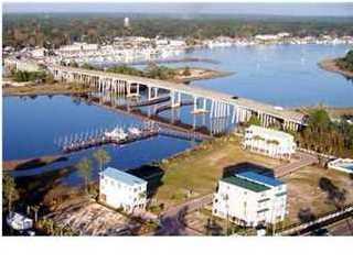 105 Anglers Harbor Ct, CARRABELLE, FL 32322 (MLS #301481) :: Coastal Realty Group