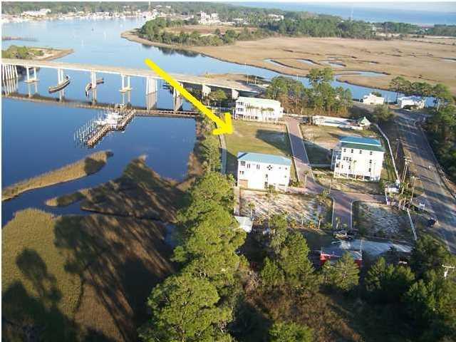 121 Anglers Harbor Ln, CARRABELLE, FL 32322 (MLS #302187) :: Berkshire Hathaway HomeServices Beach Properties of Florida