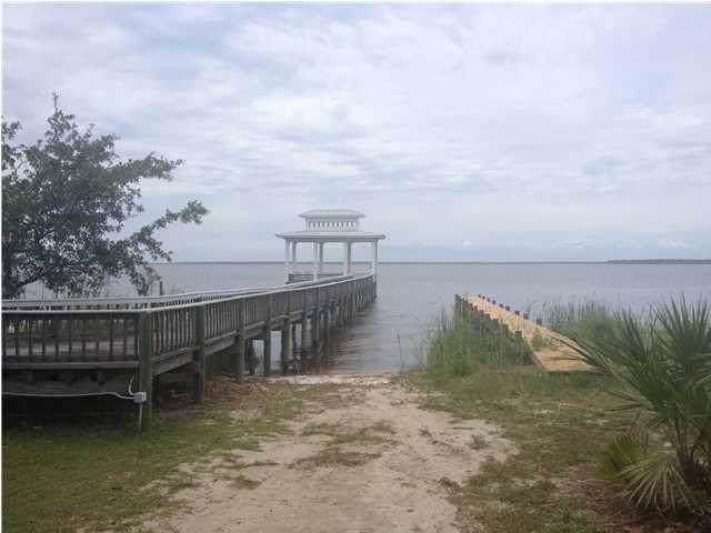 256 Magnolia Bay Dr, EASTPOINT, FL 32328 (MLS #302793) :: Berkshire Hathaway HomeServices Beach Properties of Florida