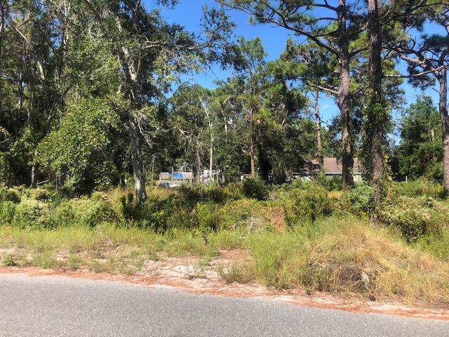 249 15TH ST, APALACHICOLA, FL 32320 (MLS #302810) :: Berkshire Hathaway HomeServices Beach Properties of Florida