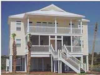 909 W Gorrie Dr, ST. GEORGE ISLAND, FL 32328 (MLS #303634) :: Berkshire Hathaway HomeServices Beach Properties of Florida