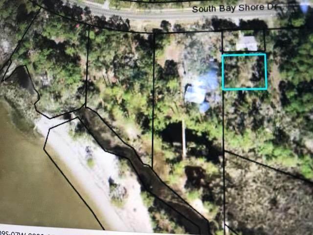 165 S Bay Shore Dr, EASTPOINT, FL 32328 (MLS #304783) :: Anchor Realty Florida