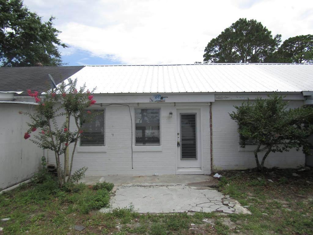10 Parker Ave - Photo 1