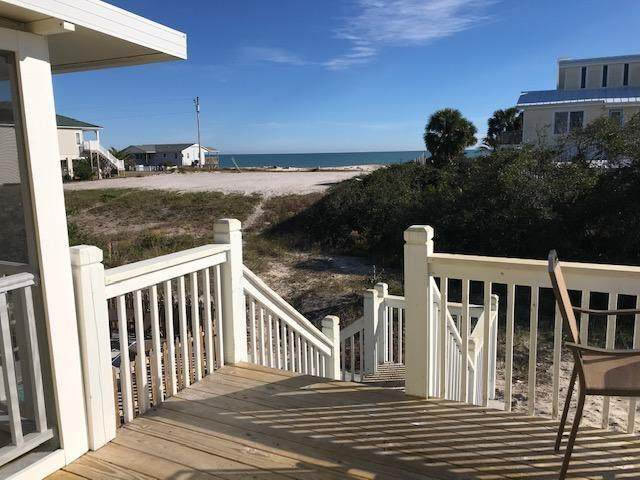 848 W Gulf Beach Dr, ST. GEORGE ISLAND, FL 32328 (MLS #305821) :: Berkshire Hathaway HomeServices Beach Properties of Florida
