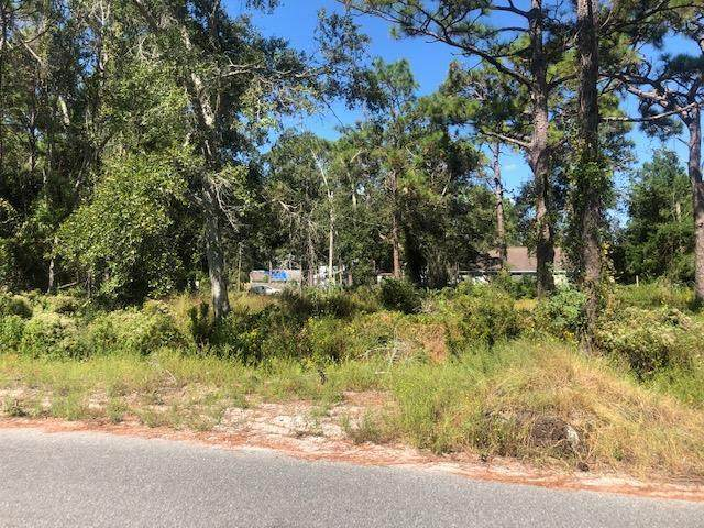 249 15TH ST, APALACHICOLA, FL 32320 (MLS #306647) :: The Naumann Group Real Estate, Coastal Office