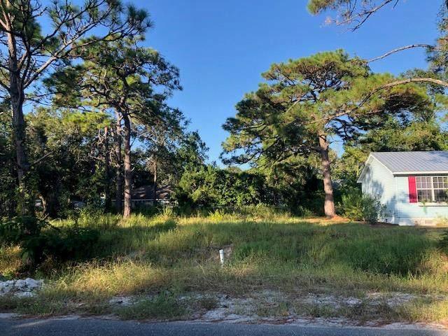 247 15TH ST, APALACHICOLA, FL 32320 (MLS #306651) :: The Naumann Group Real Estate, Coastal Office