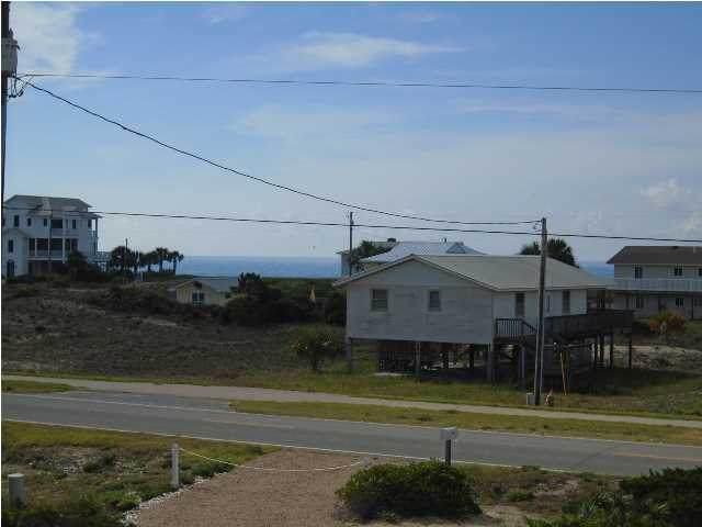 856 E Gulf Beach Dr, ST. GEORGE ISLAND, FL 32328 (MLS #306706) :: The Naumann Group Real Estate, Coastal Office