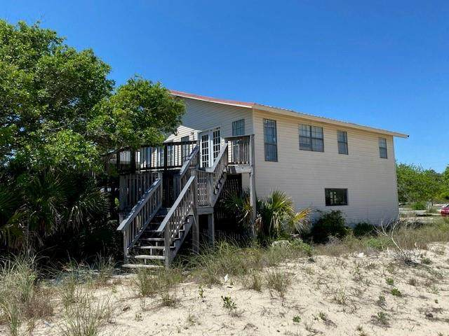 1124 W Gulf Beach Dr, ST. GEORGE ISLAND, FL 32328 (MLS #307511) :: The Naumann Group Real Estate, Coastal Office