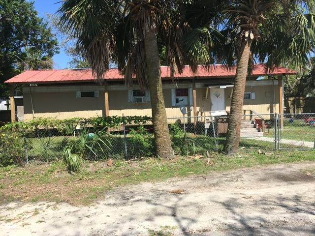 1824 Grouper Ave, PORT ST. JOE, FL 32456 (MLS #307570) :: The Naumann Group Real Estate, Coastal Office