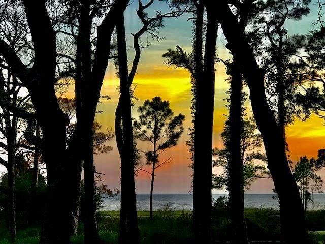 165 S Bay Shore Dr - Photo 1