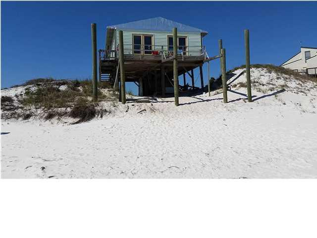 728 Gulf Shore Dr, CARRABELLE, FL 32322 (MLS #259713) :: Coast Properties