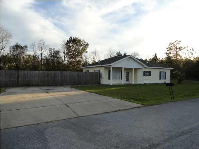 303 Angela Ct, WEWAHITCHKA, FL 32465 (MLS #261389) :: Berkshire Hathaway HomeServices Beach Properties of Florida