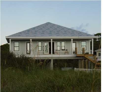 1140 West Gulf Beach Dr, ST. GEORGE ISLAND, FL 32328 (MLS #263100) :: Coast Properties