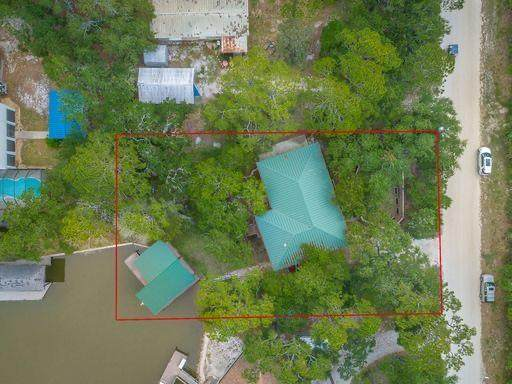 765 W Pine Ave, ST. GEORGE ISLAND, FL 32328 (MLS #304680) :: Anchor Realty Florida