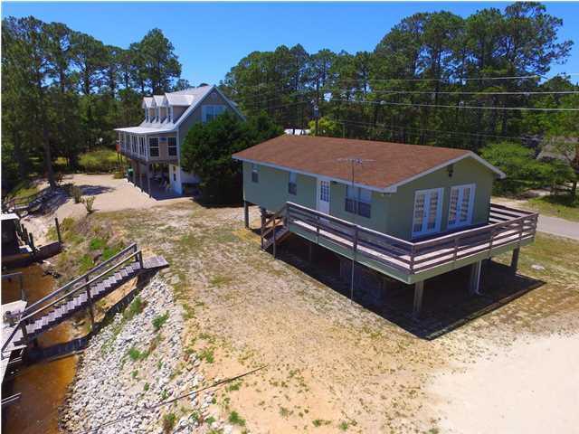 333 River Rd, CARRABELLE, FL 32322 (MLS #259252) :: Berkshire Hathaway HomeServices Beach Properties of Florida
