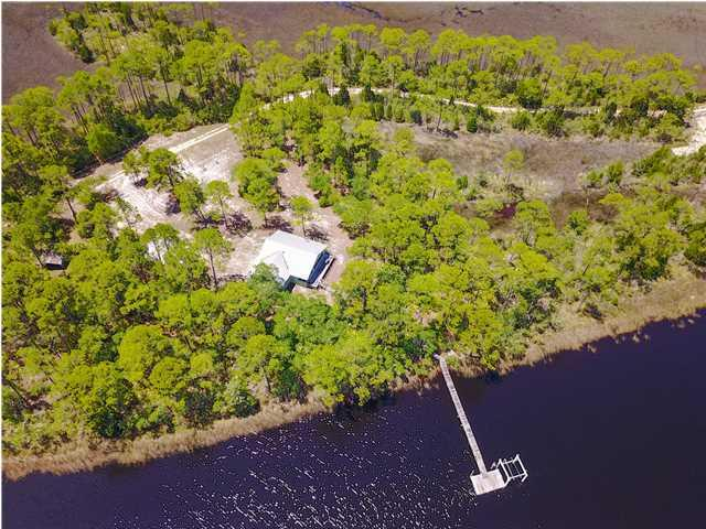 604 River Rd, CARRABELLE, FL 32322 (MLS #259501) :: Berkshire Hathaway HomeServices Beach Properties of Florida