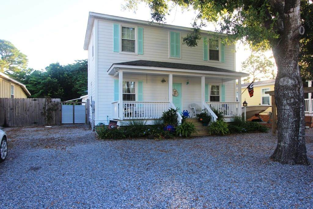 9220 Auger Ave - Photo 1
