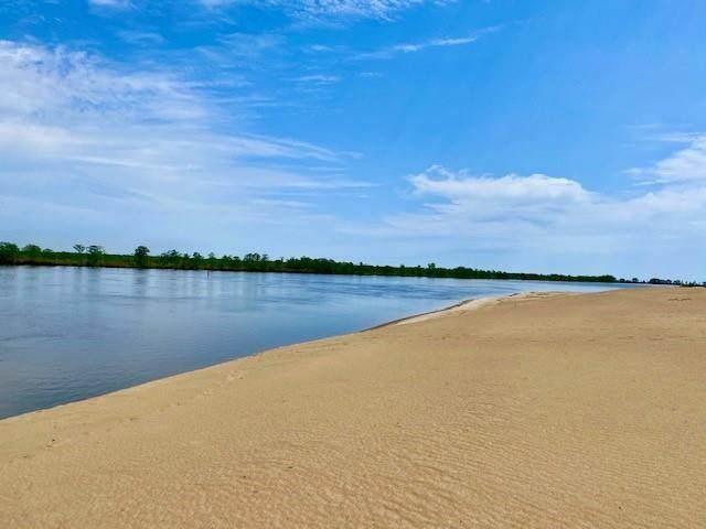 211 Sand Bar Rd - Photo 1