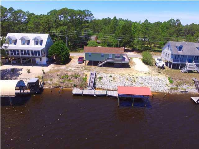 333 River Rd, CARRABELLE, FL 32322 (MLS #259252) :: Berkshire Hathaway HomeServices Beach Properties of Florida