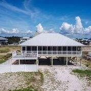 557 W Gorrie Dr, ST. GEORGE ISLAND, FL 32328 (MLS #302507) :: Coastal Realty Group