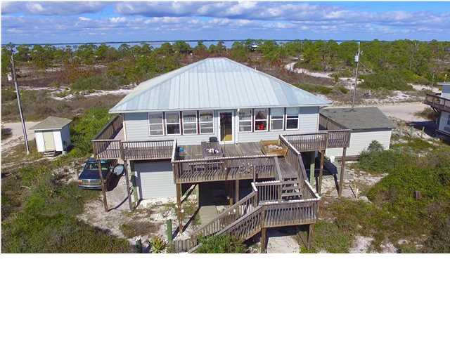 882 Gulf Shore Dr, CARRABELLE, FL 32322 (MLS #257740) :: Coast Properties