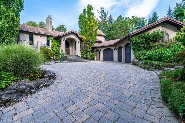 596 Hendry Lane, Ancaster, ON L9G 3L8 (MLS #H4102452) :: Lucido Global | Diane Price Team
