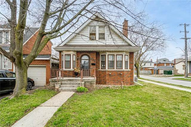 102 Kenilworth Avenue S, Hamilton, ON L8K 2T3 (MLS #H4103719) :: Lucido Global | Diane Price Team
