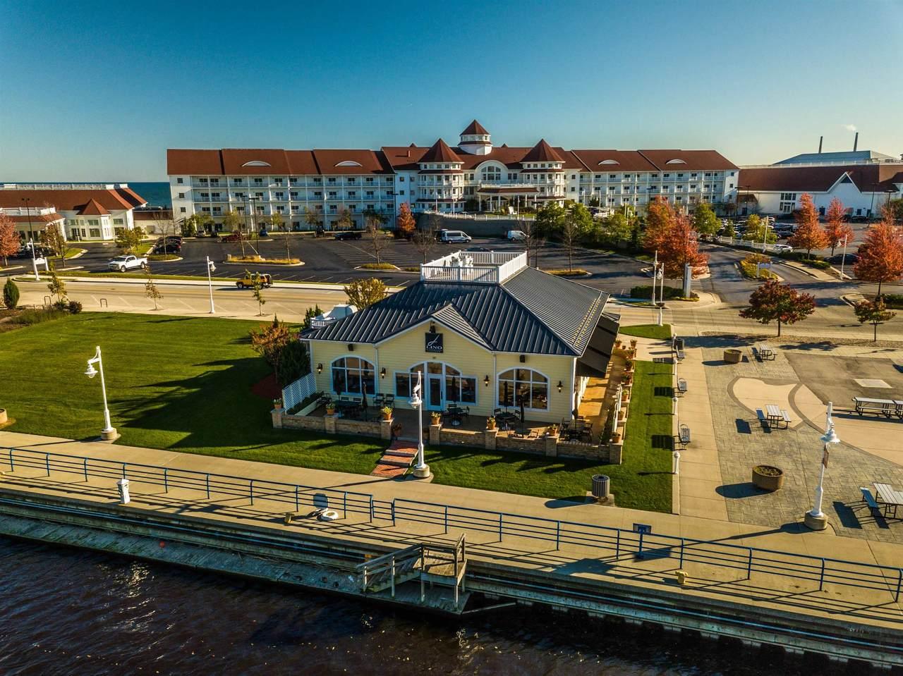 422 Pier Drive - Photo 1