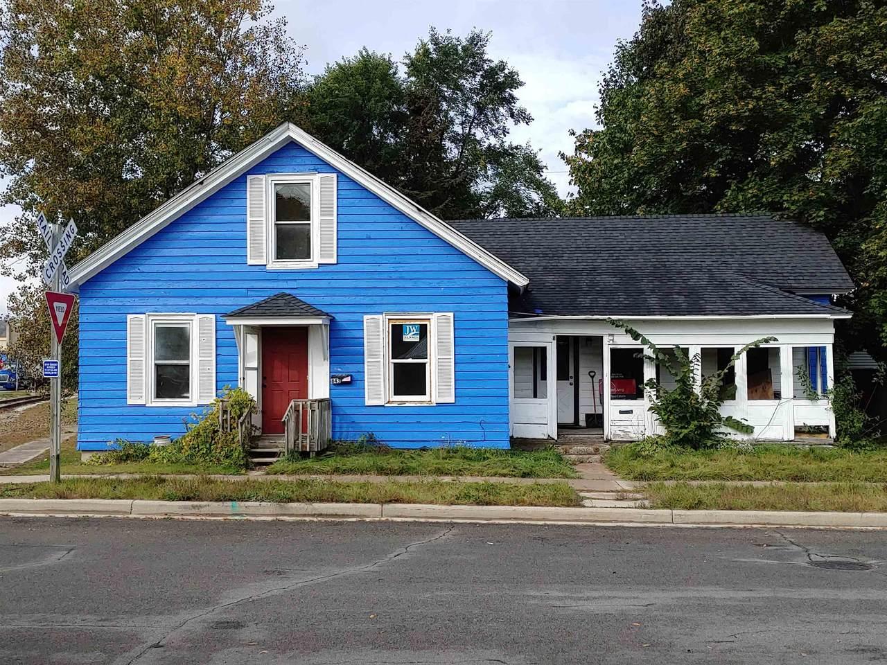 843 Wells Street - Photo 1
