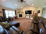 833 Whispering Way - Photo 17