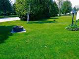 305 Lakeview Drive - Photo 2