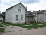 814 Central Street - Photo 1