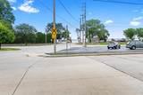 2405 Doty Street - Photo 59