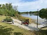 N16836 Oak Leaf Drive - Photo 3