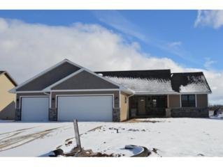 2823 Rodeo Dr, Green Bay, WI 54311 (#50157761) :: Dallaire Realty